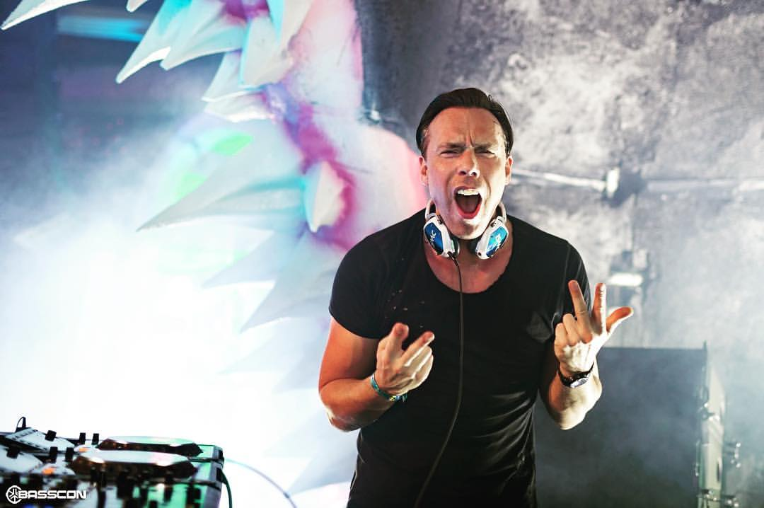 Hybrid Music Asia DJ Isaac Fuze December 21