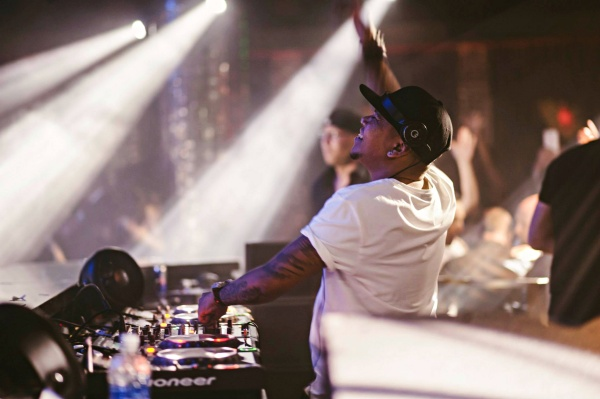 Prolific Dutch DJ & producer Chuckie set for Dragonfly KL