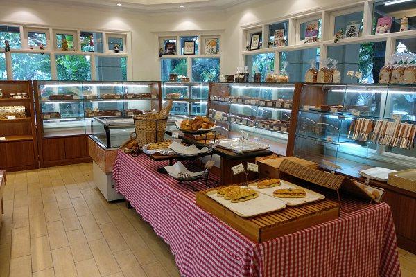 Ficelle Boulangerie Taman Desa Review