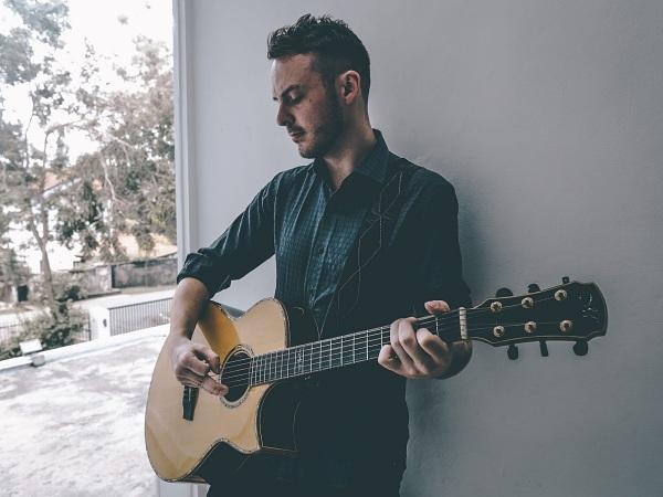 Gabriel Lynch Live at No Black Tie 2 August 2018