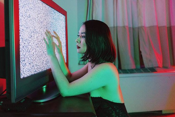 U Mobile x Upfront Present: Mitski Live in KL at The Bee 18 February 2019