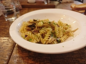Wild Mushroom Fusilli at 95 Degrés Art Cafe